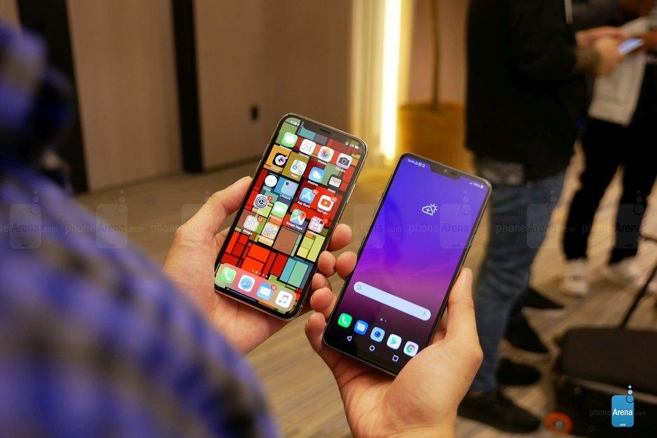 """LG cho rằng màn hình """"tai thỏ"""" trên G7 ThinQ đã có trước khi iPhone X ra mắt hình 2"""