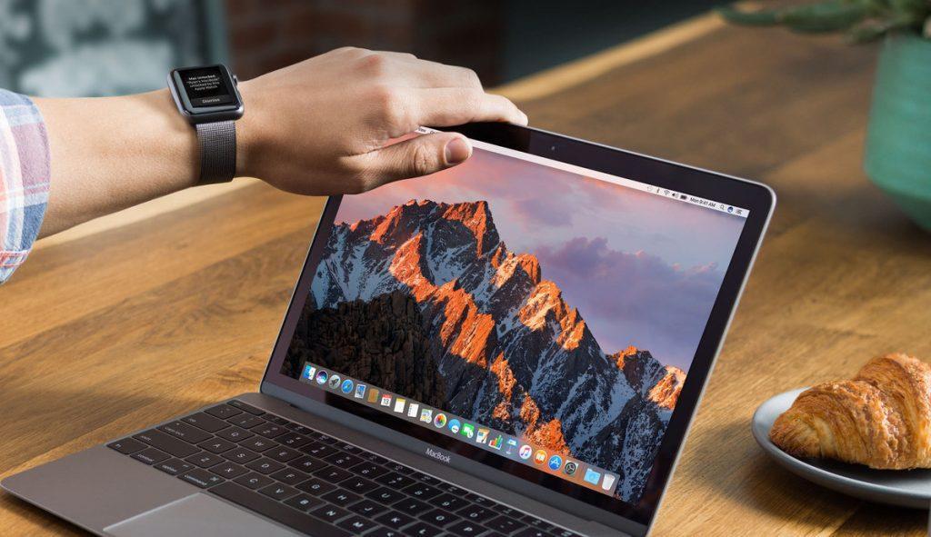 MacBook Air sử dụng touchpad cảm ứng đa điểm
