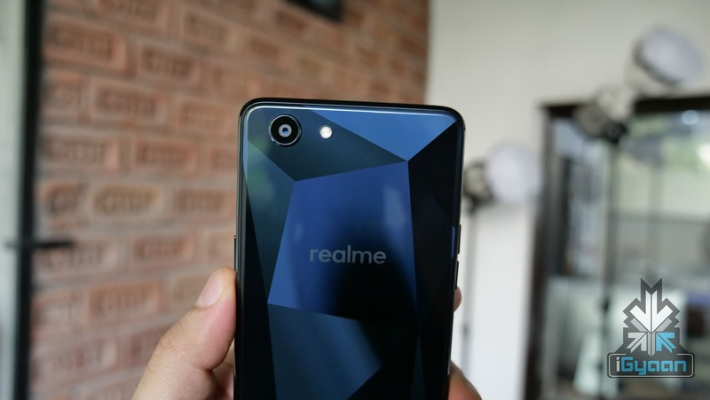 OPPO Realme 1 lộ ảnh tren tay thực tế trước ngày ra mắt hình 5