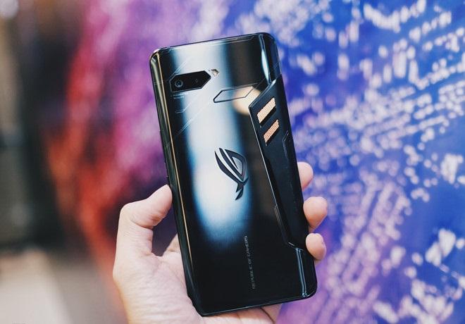 Asus ROG Phone: điện thoại cấu hình mạnh để chơi game hình 3