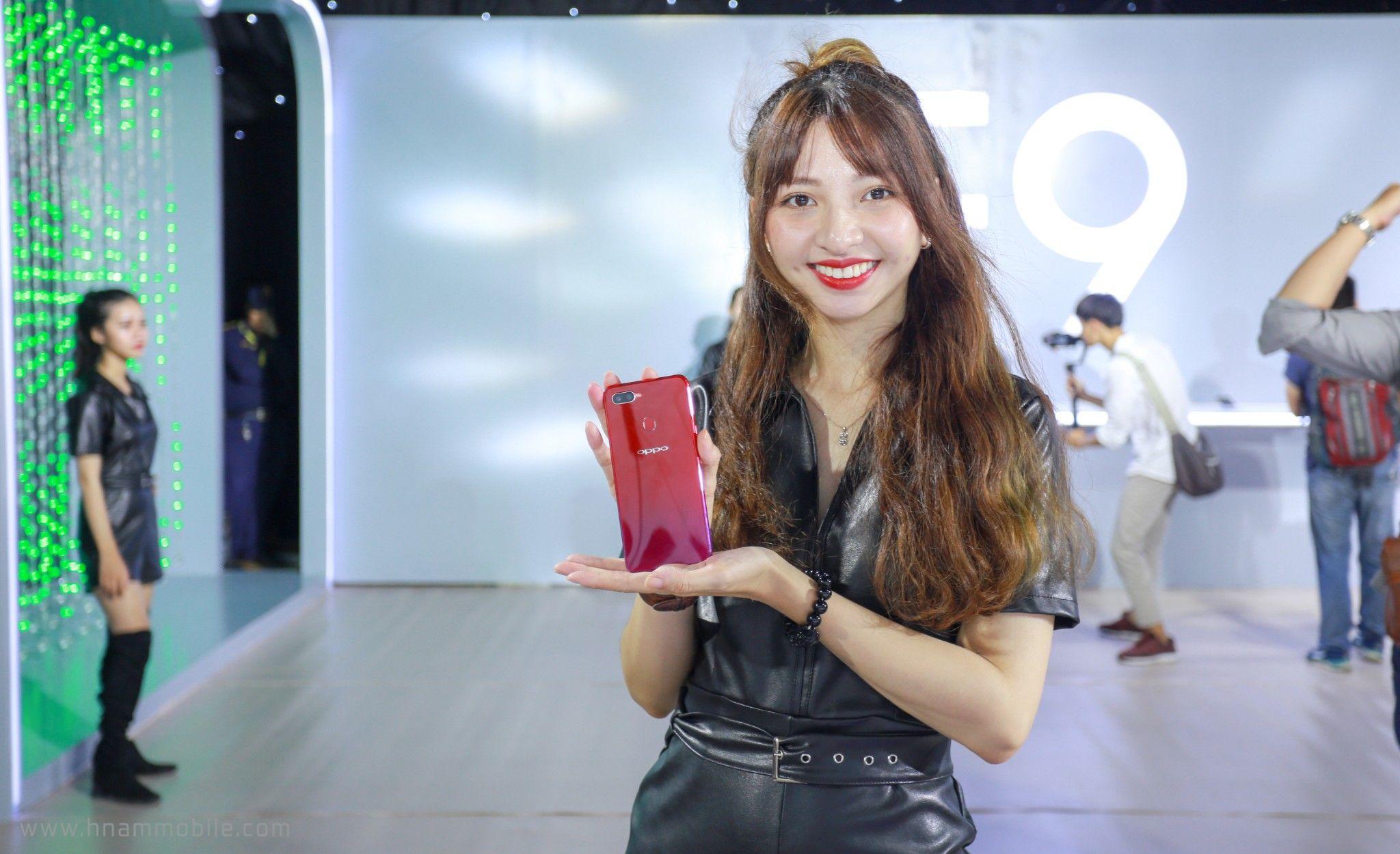 OPPO F9 ra mắt: Màn hình giọt nước, sạc nhanh VOOC, camera kép, giá 7.690.000 VNĐ hình 1