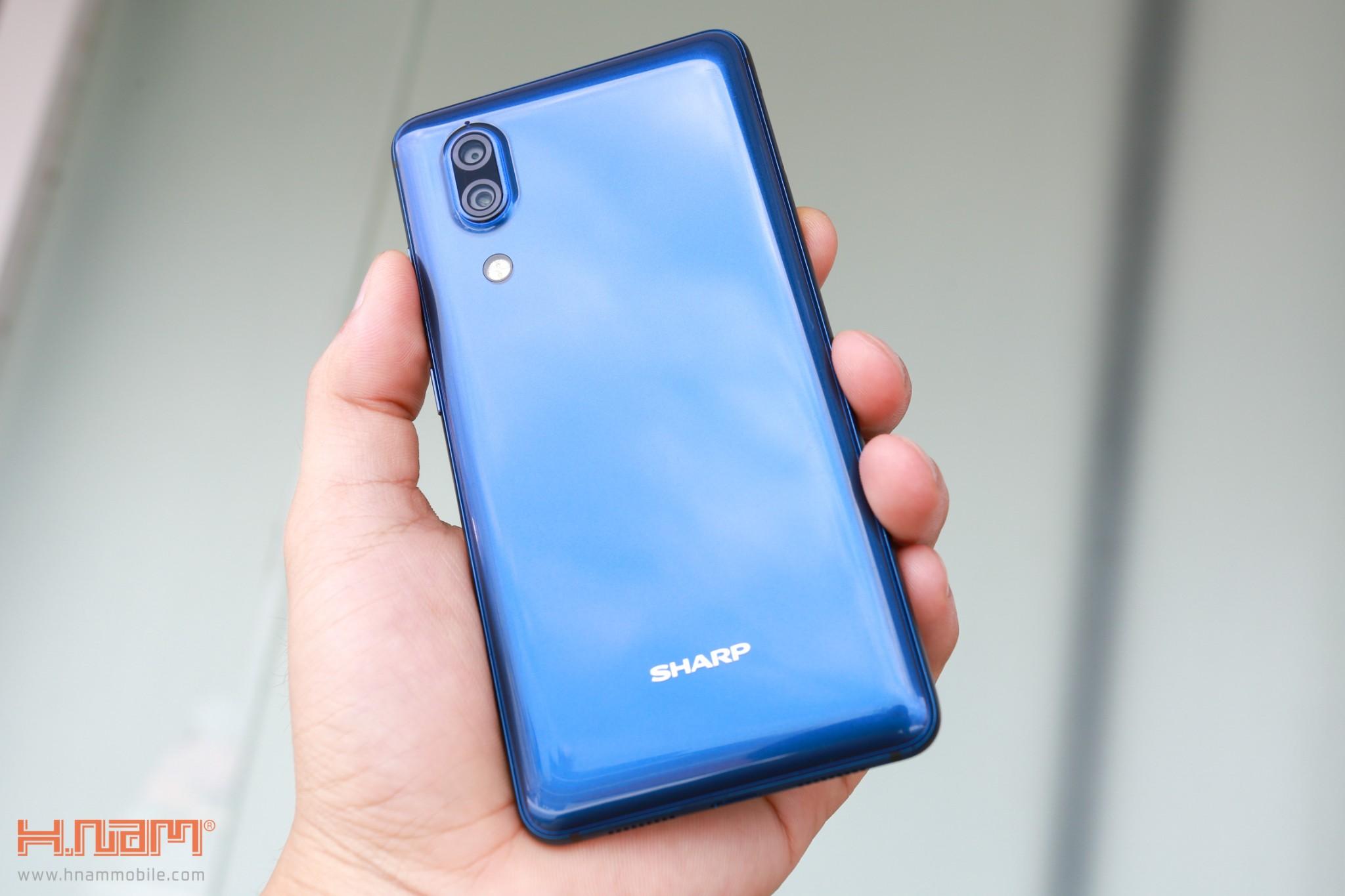 Trên tay Sharp Aquos S2 phiên bản màu xanh tại Việt Nam hình 1