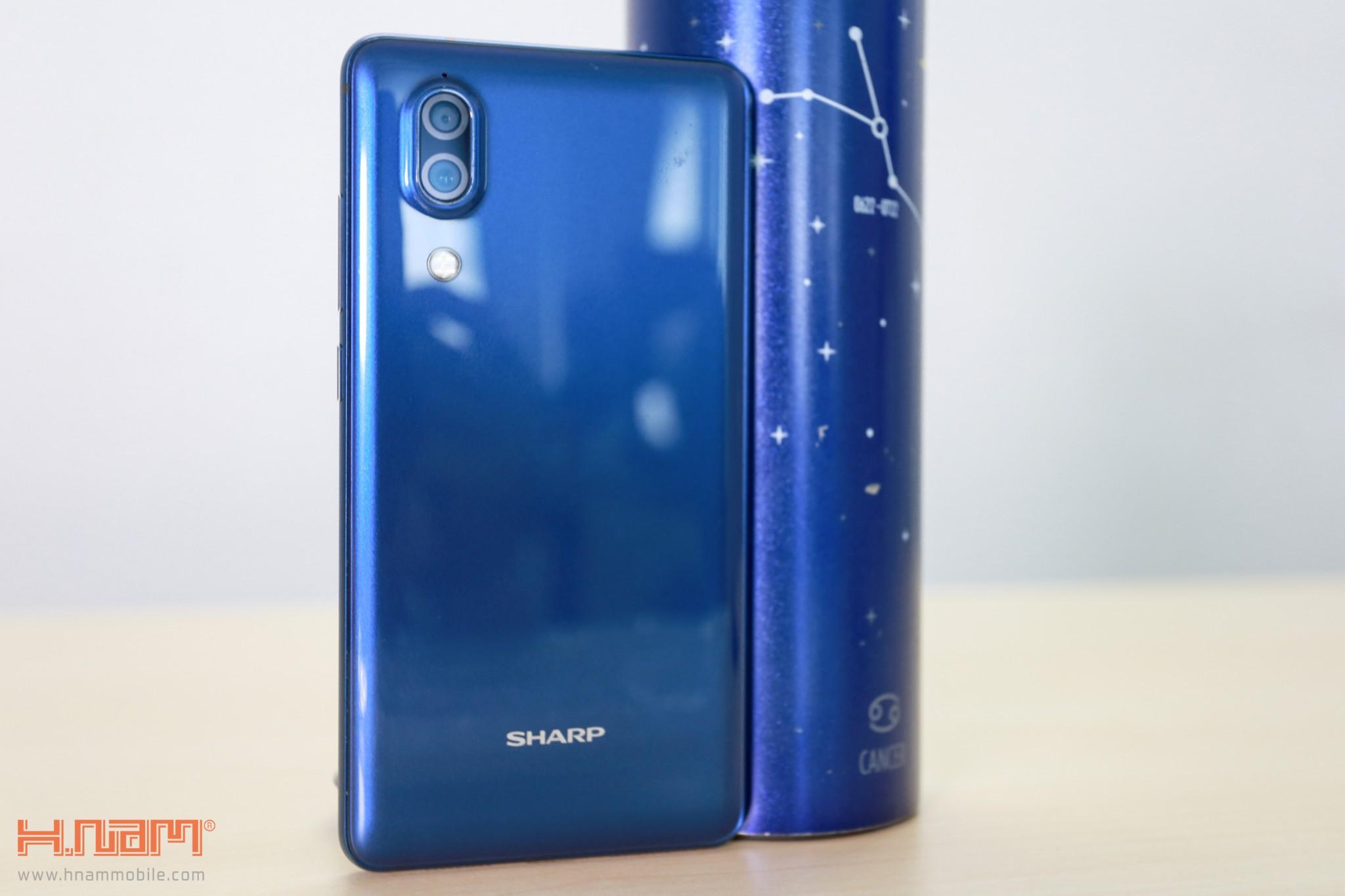 Trên tay Sharp Aquos S2 phiên bản màu xanh tại Việt Nam hình 10