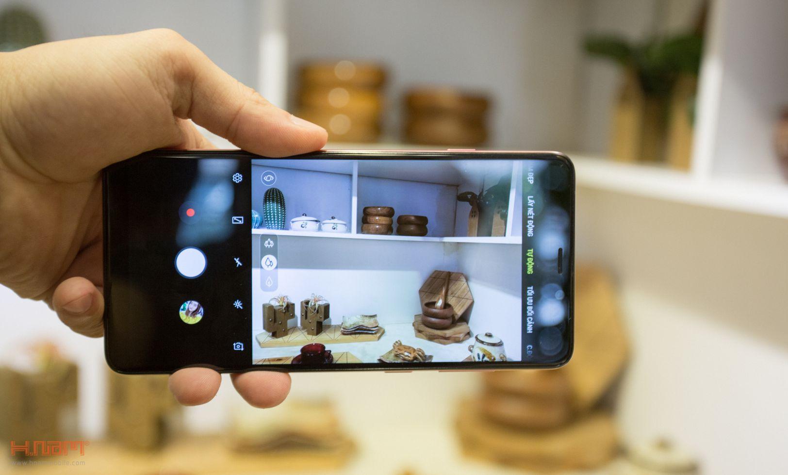 Trên tay Galaxy A9 2018: 4 camera chụp cả thế giới hình 9