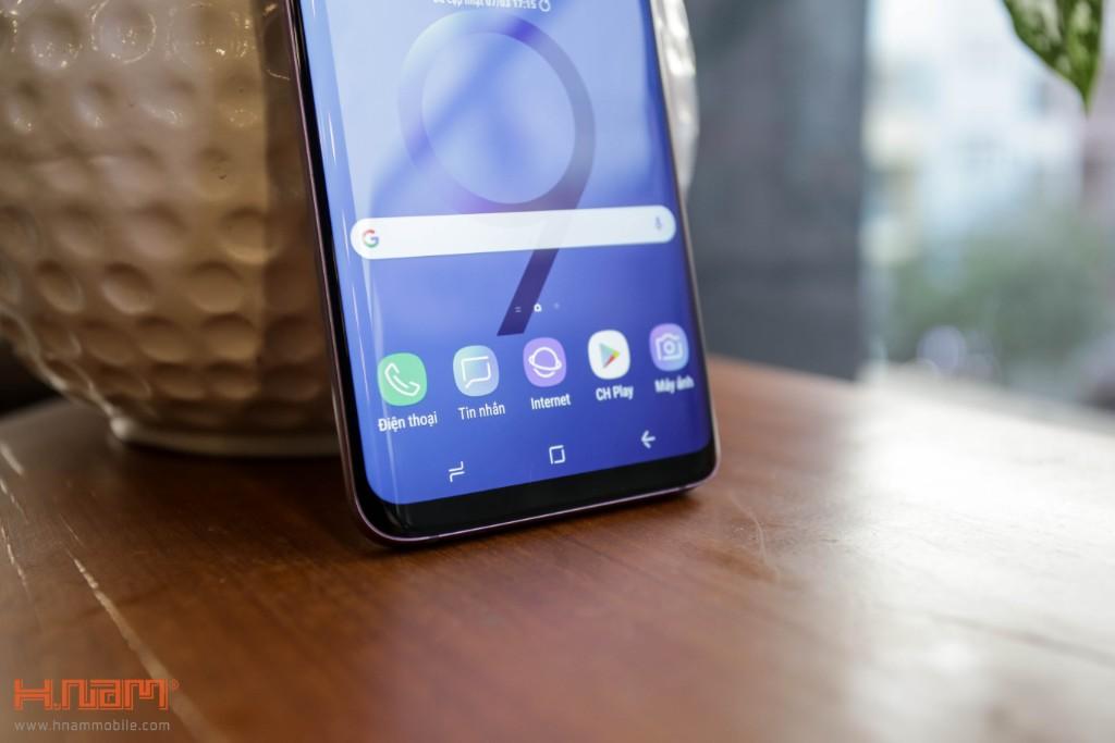 Đập hộp Galaxy S9+ chính hãng tại Việt Nam màu Tím tử đinh hương hình 9