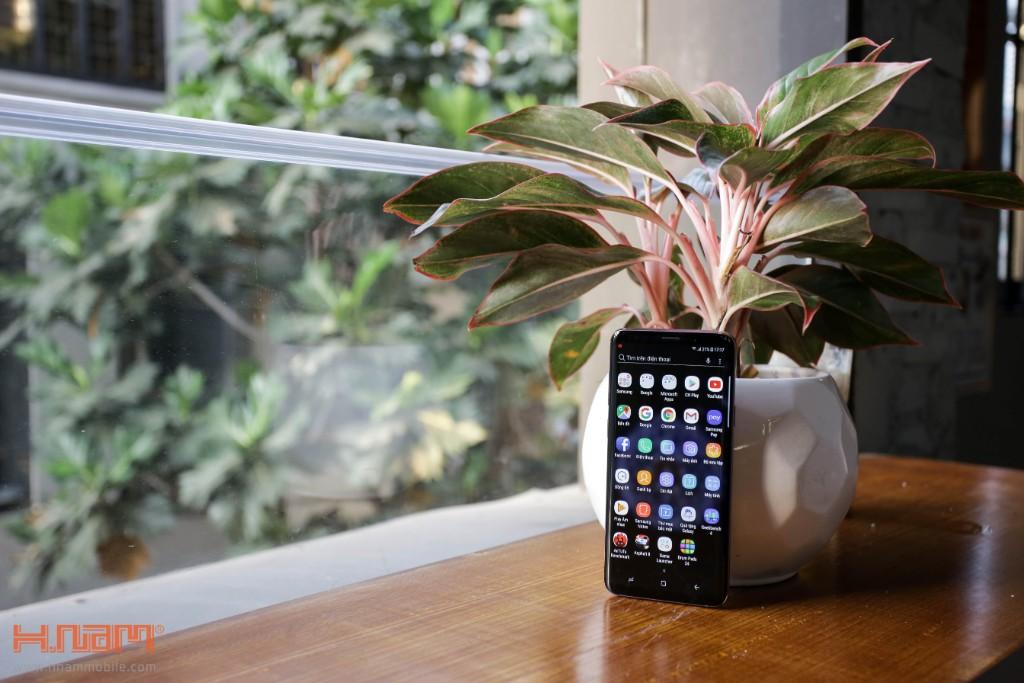 Đập hộp Galaxy S9+ chính hãng tại Việt Nam màu Tím tử đinh hương hình 7