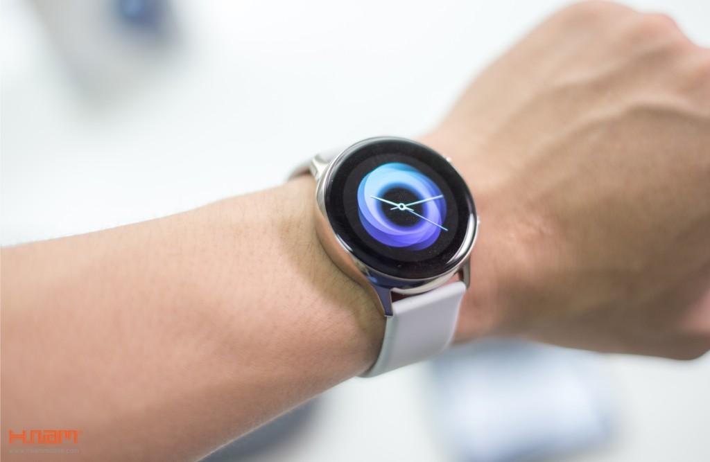 Đập hộp Galaxy Watch Active: có xứng đáng là chiếc smartwatch quốc dân? hình 14