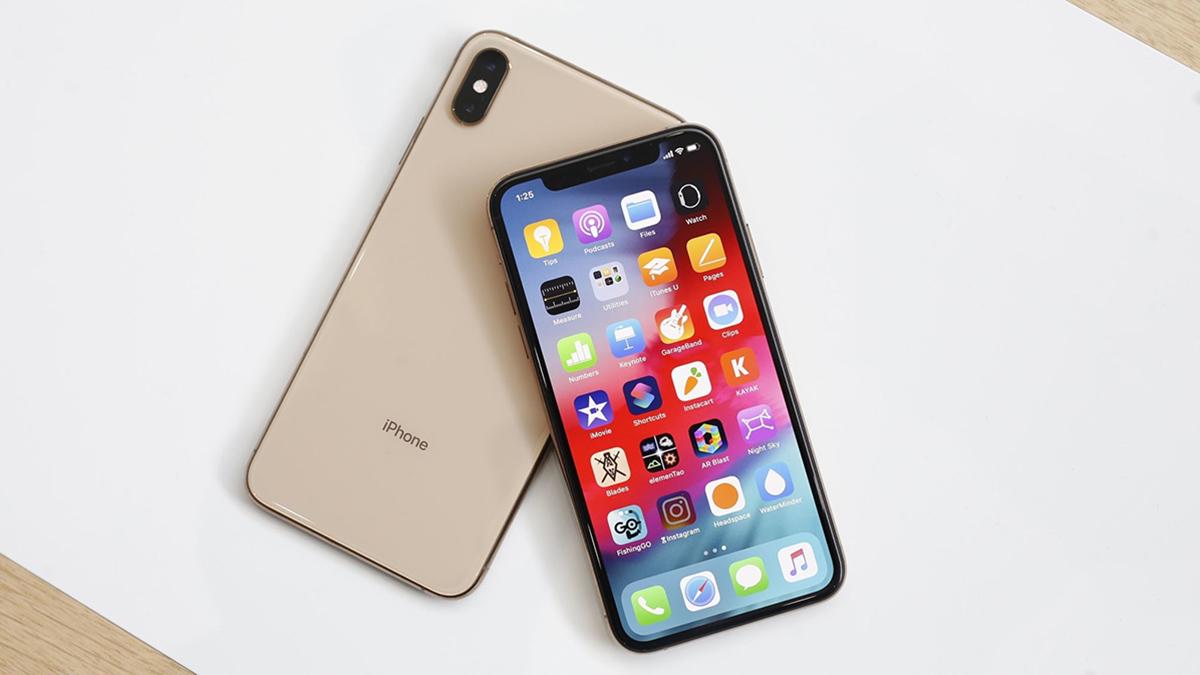 Trên tay iPhone Xs Max vàng gold