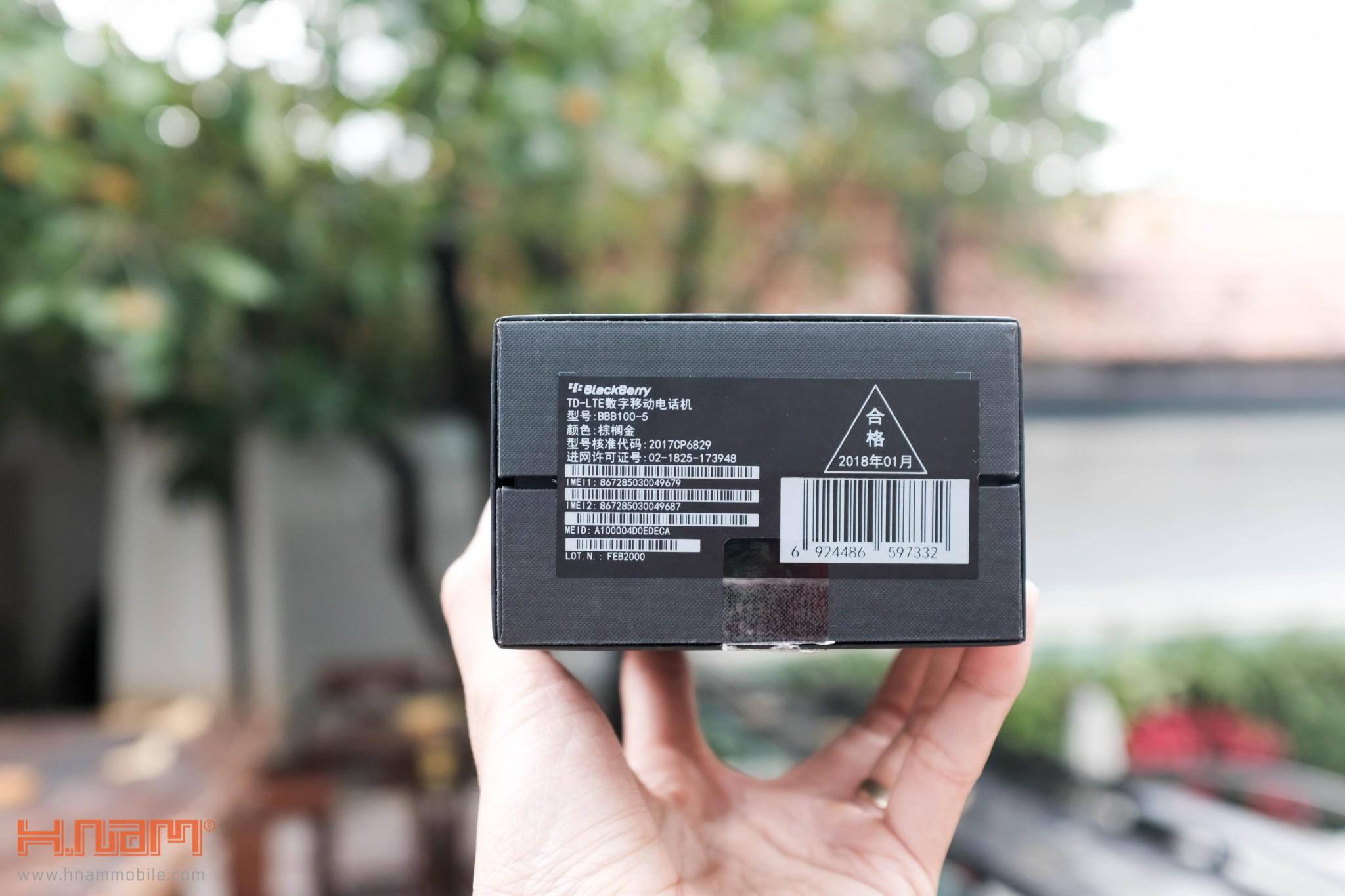 Trên tay Blackberry KEYone phiên bản màu Đồng cực chất! hình 7