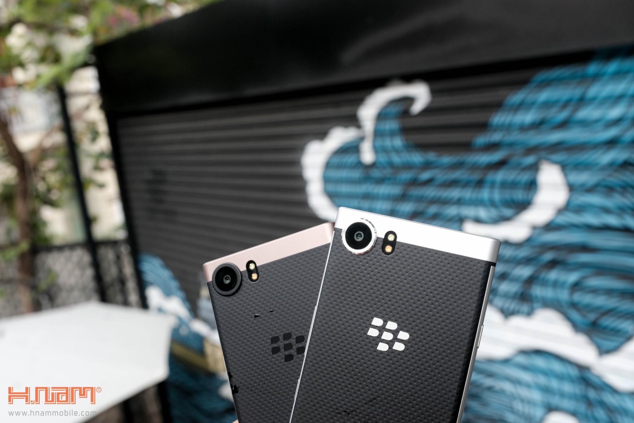 Trên tay Blackberry KEYone phiên bản màu Đồng cực chất! hình 23