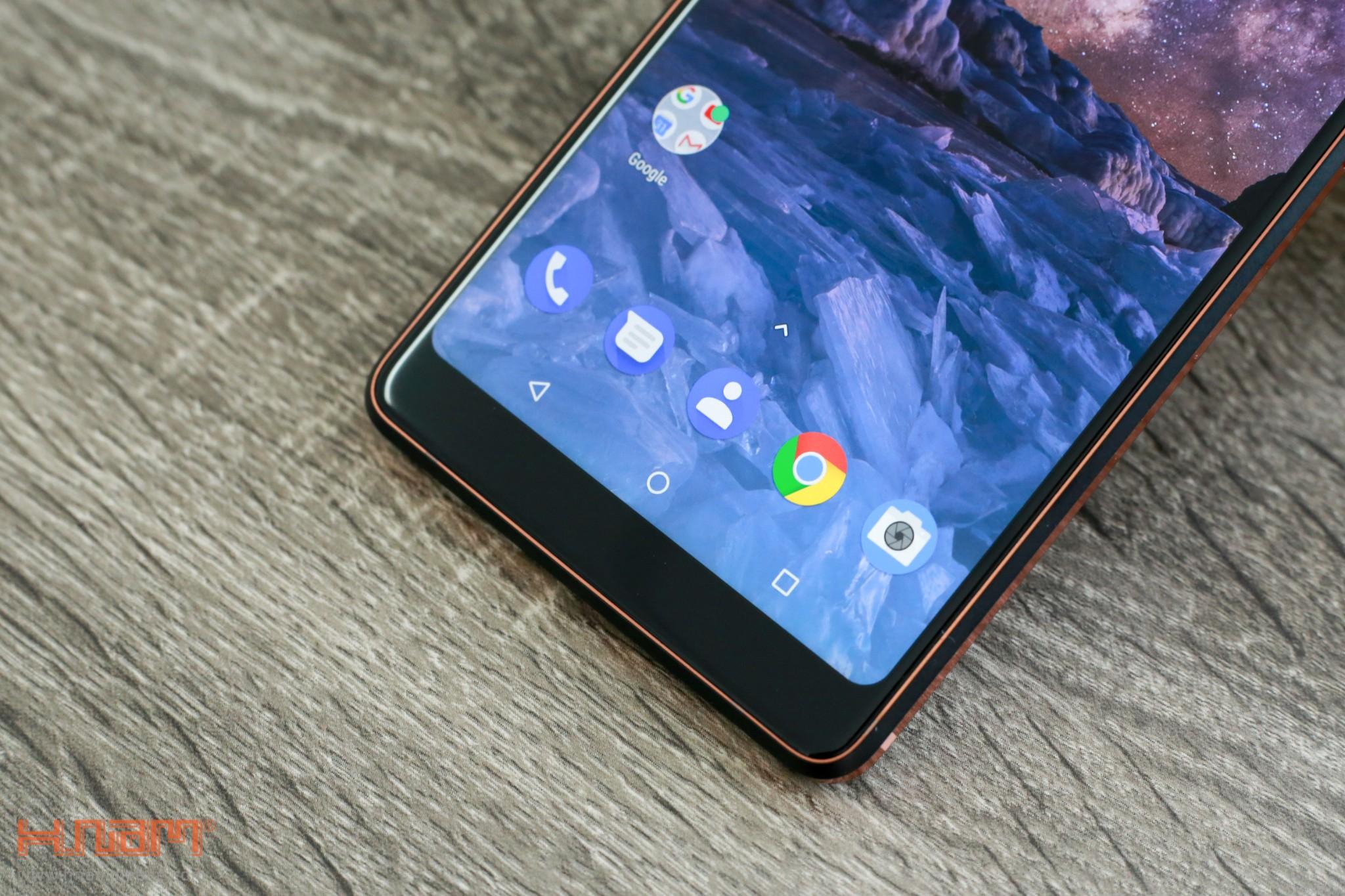 Trên tay Nokia 7 Plus: Smartphone Nokia đầu tiên có màn hình 18:9 hình 12