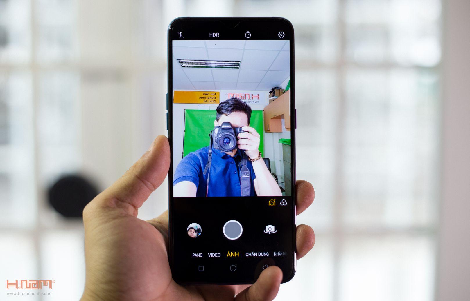 Trên tay Oppo R17 Pro: mặt lưng siêu đẹp, sạc siêu nhanh hình 11