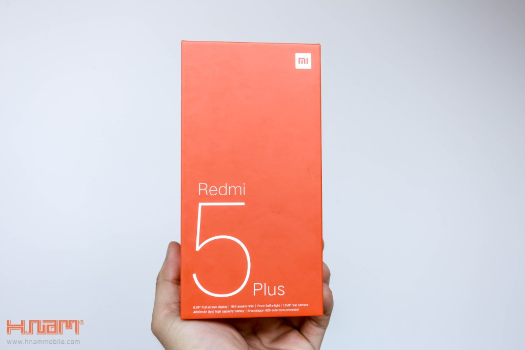 Đập hộp Xiaomi Redmi 5 Plus: Thiết kế thời thượng với màn hình 18:9 giá chỉ 3.9 triệu đồng hình 2