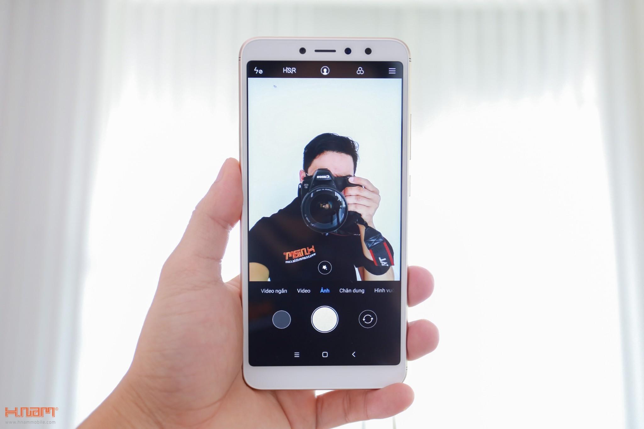 Trên tay Xiaomi Redmi S2: camera selfie AI giá chỉ 3.6 triệu đồng hình 15