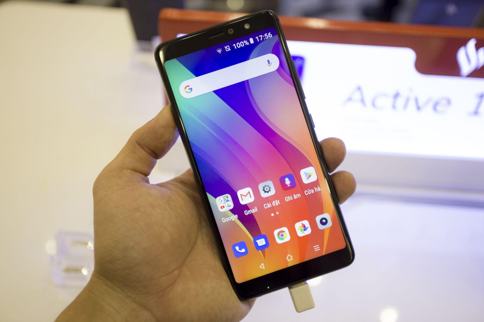 Vingroup chính thức ra mắt 4 smartphone đầu tiên của VSmart hình 6
