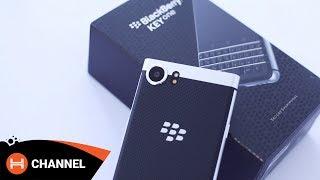 Đập hộp Blackberry KEYone: Sự kết hợp hoàn hảo giữa Passport và Priv
