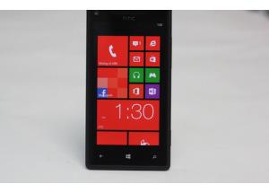 'Đập hộp' HTC Windows Phone 8X chính hãng