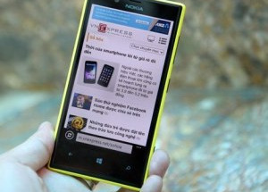 'Đập hộp' Nokia Lumia 720 vừa bán tại Việt Nam