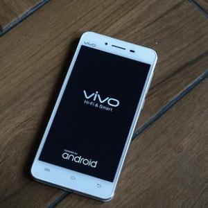 6 điểm nổi bật của smartphone giá rẻ Vivo V1