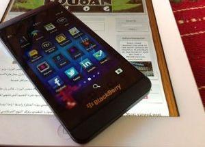 Ảnh thực tế BlackBerry Z10 dùng chip lõi kép