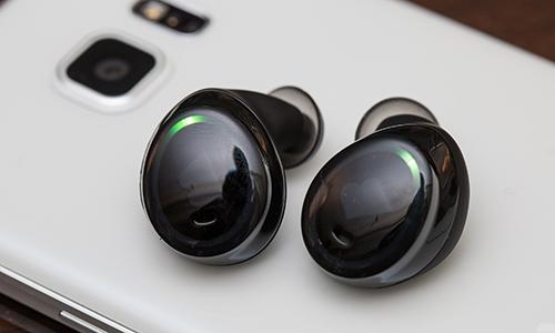 Apple sẽ bán iPhone 7 kèm tai nghe nào?