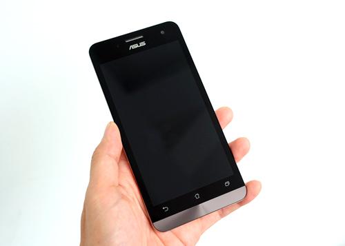 Asus ZenFone 5 chính hãng bắt đầu bán từ hôm nay