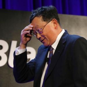CEO John Chen - Mảng điện thoại BlackBerry rồi sẽ có lãi
