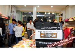 Hnam Mobile đồng hành cùng Hot Girl Sài Gòn, khai trương MARC Fashion