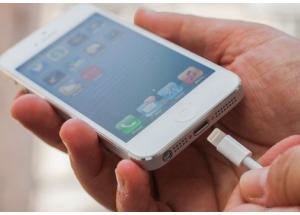 iPhone, iPad có thể bị hack qua 'củ sạc' trong chưa đầy 1 phút