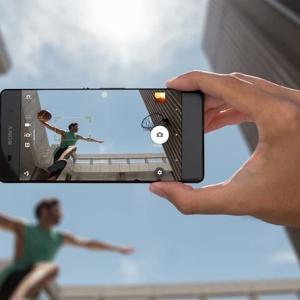 Camera Sony Xperia X Performance được xếp ngang hàng với HTC 10 và Galaxy S7