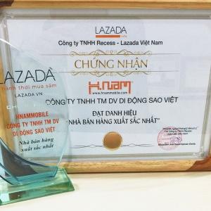 Hnam Mobile vinh dự nhận giải nhà bán hàng xuất sắc nhất của Lazada.