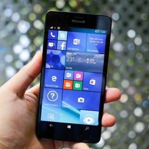 Lumia 950 xuất hiện tại Việt Nam