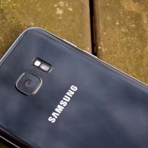 Samsung Galaxy S8 sẽ có cảm biến mống mắt và camera kép