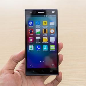 Top 4 smartphone hỗ trợ 4G - giá rẻ nhất Việt Nam