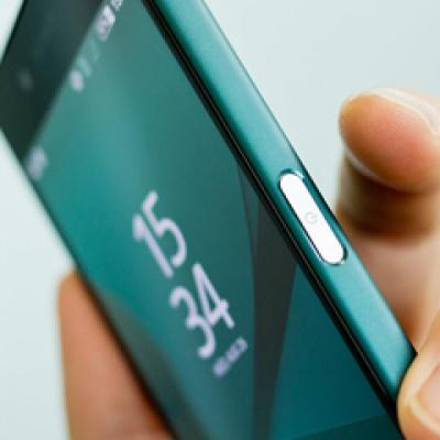 Trên tay Xperia Z5 Compact - Gã