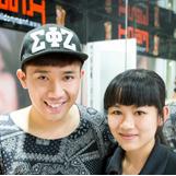 MC Trấn Thành mua iPhone 6 Plus, tháng 10/2014