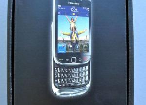 Mở hộp BlackBerry Torch