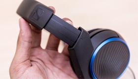 Mở hộp tai nghe Sennheiser HD 451 - Âm bass mạnh mẽ, hạn chế tối đa tiếng ồn