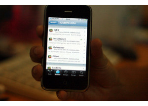Nên hay không jailbreak iPhone