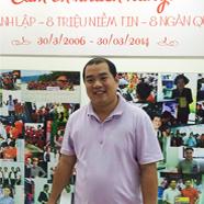 Nhạc sĩ Minh Khang mua iPhone 6