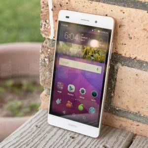 Những smartphone mạng 4G có giá mềm