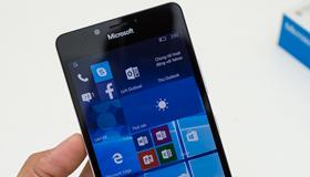 Review Lumia 950 - hô biến thành PC, chụp ảnh đẹp, thách thức game nặng