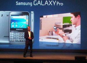 Samsung ra mắt Galaxy Pro với bàn phím QWERTY