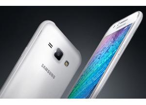 Samsung ra smartphone lõi tứ giá rẻ Galaxy J1