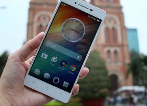 Smartphone dáng mỏng mới của Oppo lộ diện ở VN