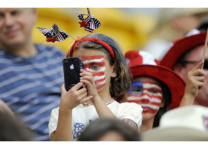 Tại Mỹ, Apple vẫn là 'vua' smartphone
