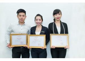 Trao giải nhân viên tiêu biểu 2014 của Hnam Mobile