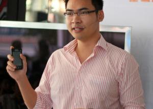 Wave 575 - Smartphone Bada giá 4,6 triệu đồng