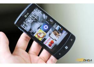 Windows Phone đáng giá 600 triệu USD đối với Microsoft